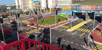 ალთინდასა და ჩაიროვას მუნიციპალიტეტებში გაიხსნა საბავშვო სავარჯიშო პარკი
